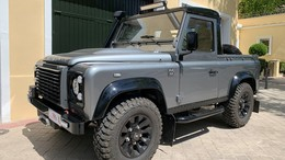 LAND-ROVER Defender 90 ST SVX