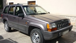 JEEP Grand Cherokee 4.0 Laredo Aut.