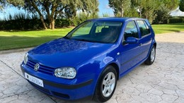 VOLKSWAGEN Golf 1.9TDI Highline 115