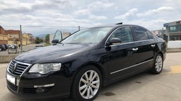 VOLKSWAGEN Passat 2.0TDI Highline 4Motion