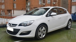 OPEL Astra 2.0CDTi S/S Selective 165