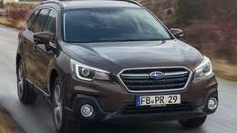 SUBARU Outback 2.5i Executive Plus S Black Edition CVT