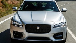 JAGUAR XF 2.0i4D Chequered Flag Aut. 180