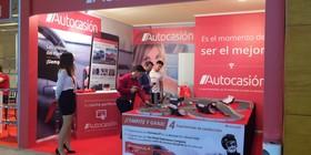 Juega al scalextric y gana premios con Autocasión en el Salón V.O. de Madrid
