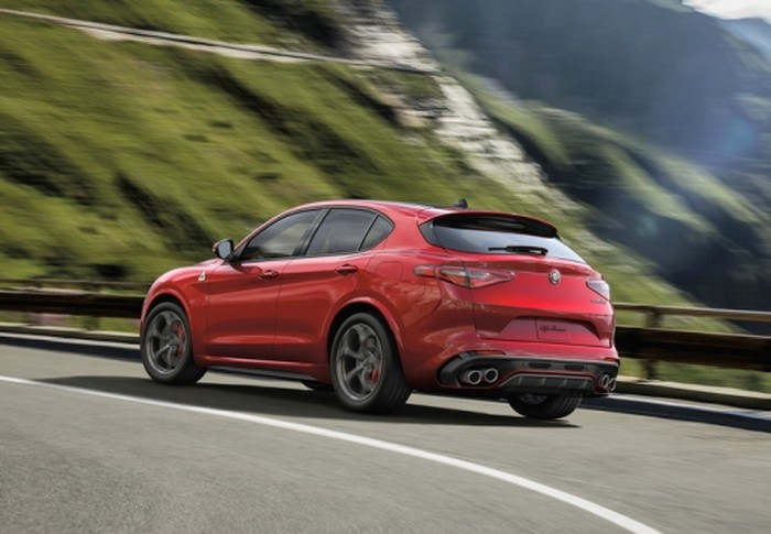 Stelvio 2.0 First Edition I Q4 Aut. 280