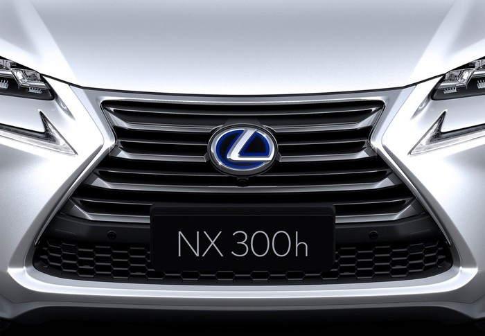 NX 300h Business Navigation 2WD