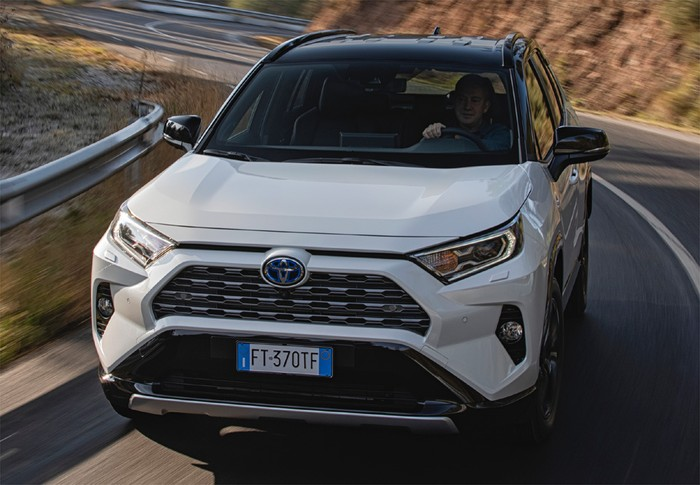 RAV-4 2.5 hybrid 2WD Advance