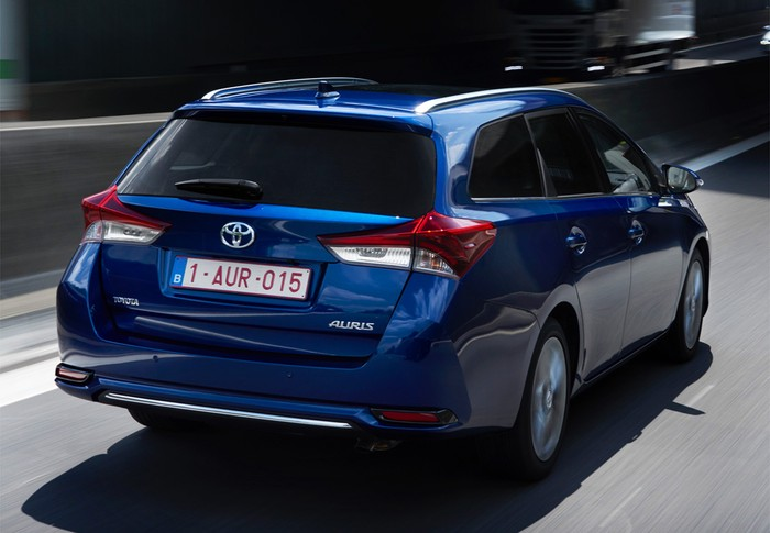 Auris Touring Sports hybrid 140H Feel!