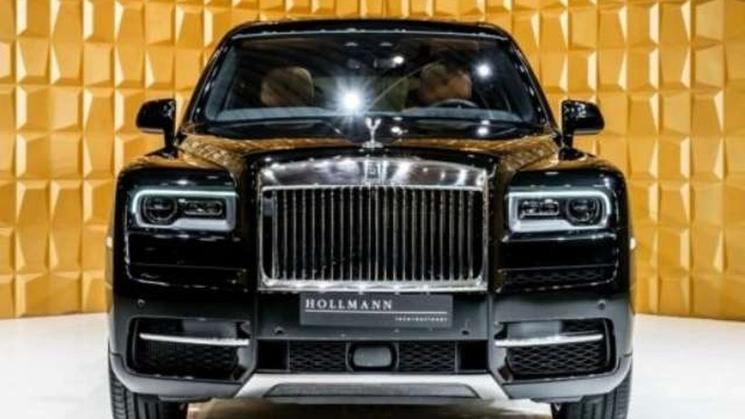 Rolls-Royce undefined *SUV 4SEATS LAUNCH PACKAGE* nullcv 2018 - Madrid. 1.