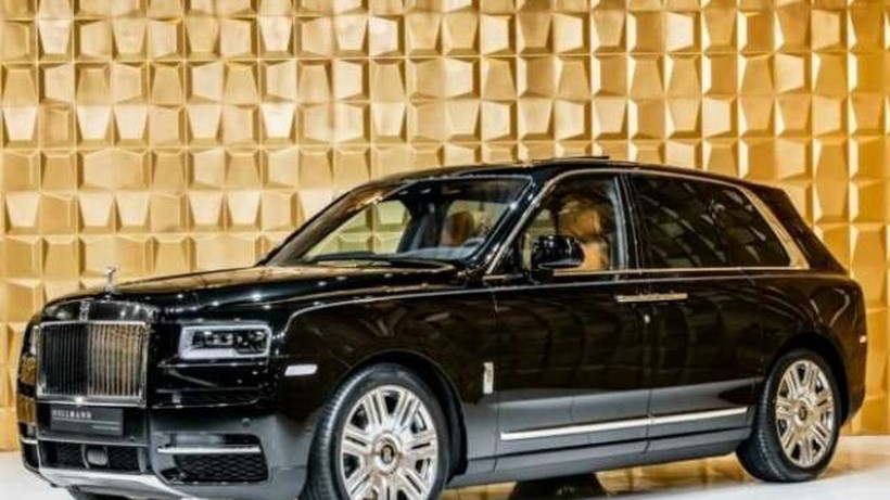Rolls-Royce undefined *SUV 4SEATS LAUNCH PACKAGE* nullcv 2018 - Madrid. 2.