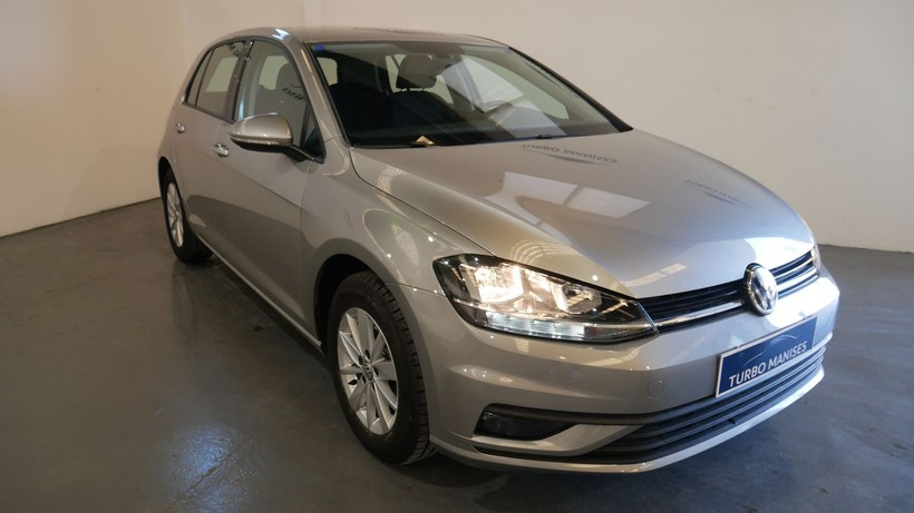 Volkswagen Golf 1.0TSi 110CV BUSINESS 5P.