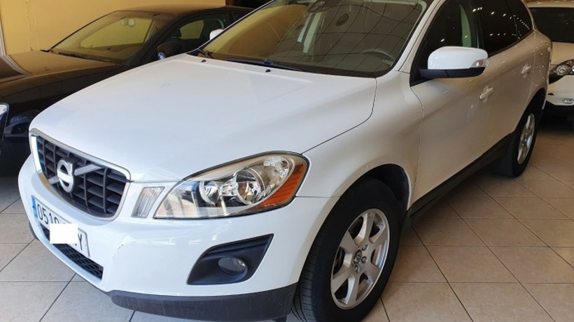 VOLVO XC60 D5 Kinetic Aut.