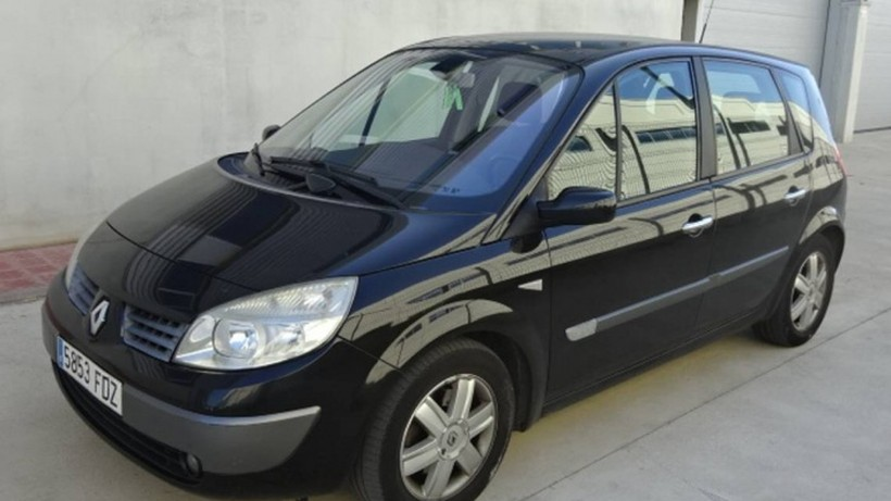 RENAULT Scénic II 1.9DCI Luxe Privilege 130