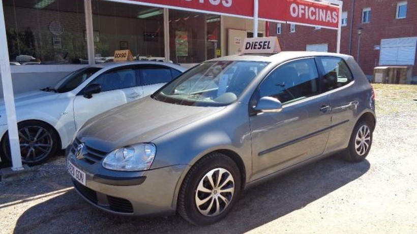 VOLKSWAGEN Golf 3p Highline 1.9 TDI 105 CV