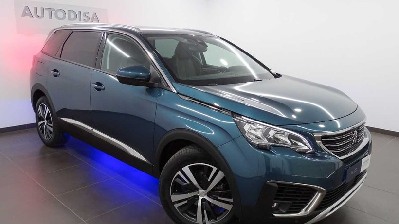 PEUGEOT 5008  PureTech 130 EAT8 Allure