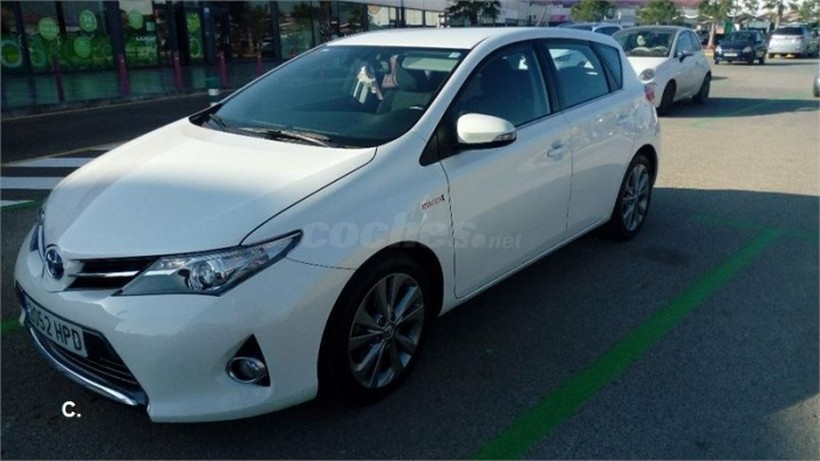 TOYOTA Auris Touring Sports hybrid Active