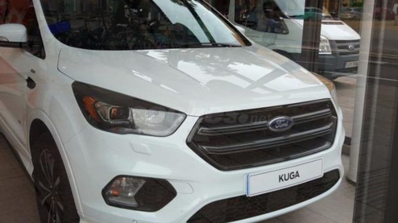 Ford Kuga 2.0 TDCi 132kW 4x4 ST-Line Powers.