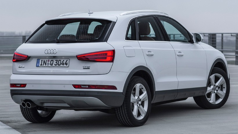 Q3 2.0TDI Black line competition 120