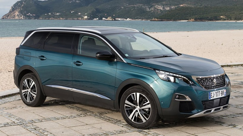 peugeot 5008 suv 2 0bluehdi s s gt eat8 180 4x4 suv o pickup de nuevo en ref1879121 autocasion. Black Bedroom Furniture Sets. Home Design Ideas