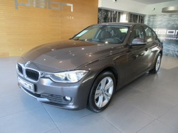 BMW Serie 3 318d Essential Edition
