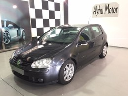 VOLKSWAGEN Golf 1.9TDI Highline DSG