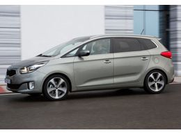 KIA Carens 1.6 GDi Basic 135