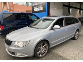 SKODA Superb Combi 2.0TDI CR Exclusive DSG