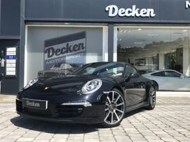 PORSCHE 911 Carrera 4 Coupé Black Edition PDK