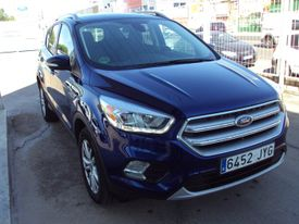 FORD Kuga 1.5 EcoB. Auto S&S Business 4x2 150