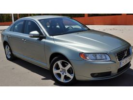 VOLVO S80 D5 Momentum AWD Geartronic