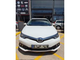 TOYOTA Auris 115D Active (Business Plus)