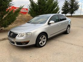 VOLKSWAGEN Passat 2.0TDI CR Advance