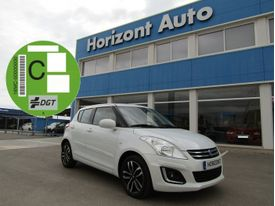 SUZUKI Swift 1.2 Black & White
