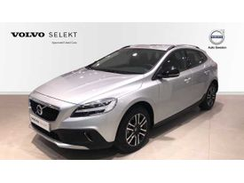 VOLVO V40 Cross Country CC D2 PLUS MANUAL