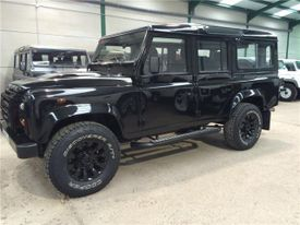 LAND-ROVER Defender 110 SW S