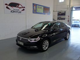 VOLKSWAGEN Passat 2.0TDI Business Advance Navi BMT