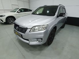 TOYOTA RAV-4 2.2D-4D Executive 4x2 Cross Sport