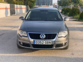 VOLKSWAGEN Passat 2.0TDI CR Advance 4Motion