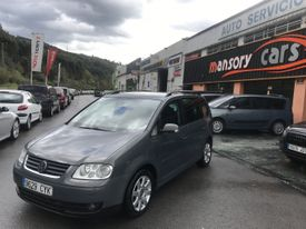 VOLKSWAGEN Touran 2.0TDI Highline