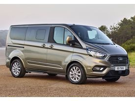 FORD Tourneo Custom Grand 2.0TDCI MHEV Titanium X 185