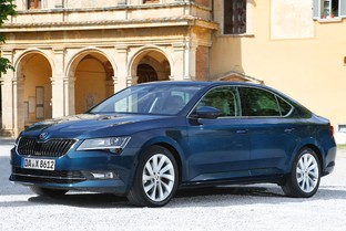SKODA Superb 1.5 TSI Ambition 110kW